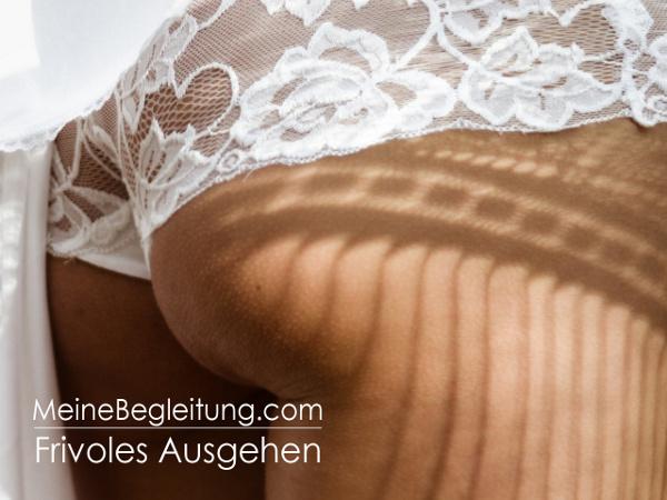 frivoles ausgehen brüste lecken